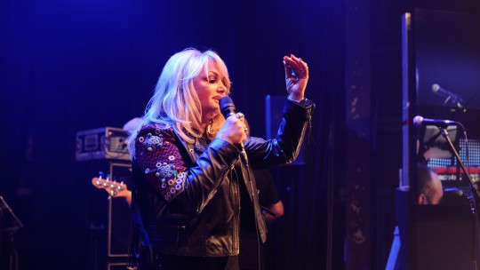 We need a hero… </br> Bonnie Tyler enthrals Gala guests